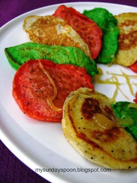 Χρωματιστές τηγανίτες φρούτων